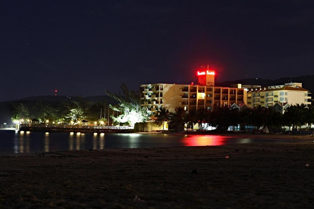 jamajka noca