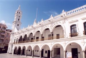 miasto-veracruz-plaza-de-armas-9aa65c3872ef52b9f74311cc0d55a62c27b88edb
