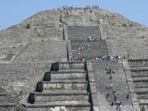 piramida-ksiezyca-116da140d0a7fb0dc37072ba78731f5bc5f31689